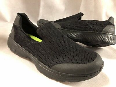 PAIR OF SKECHERS Go Walk 4 Goga Max Trainers Uk size: 5 Euro