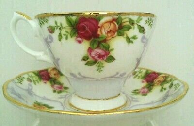 "EY. ""Royal Albert"" Rose Cameo Violet Bone China Tea Cup &Saucer England"