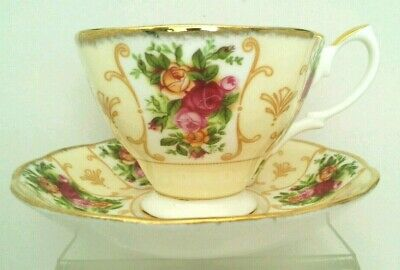 "FA. ""Royal Albert"" Rose Cameo Peach Bone China Tea Cup &Saucer England"