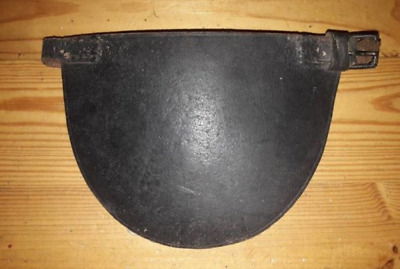 R.I.C. - Royal Irish Constabulary musketry knee pad