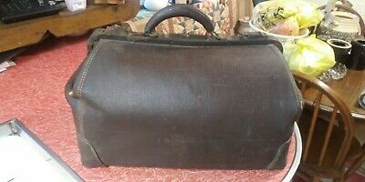 "Vintage The Lilley Co. 20"" Leather Doctors Bag"