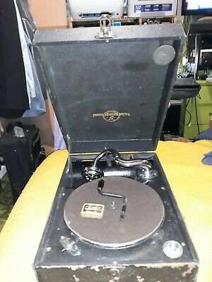 vintage antique columbia portable wind up gramophone, pickup only from Carlton