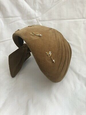 Vintage Womans / Ladies Hat. Very Old But In Very Good Condition. One Owner.