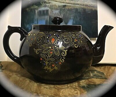 Vintage Handpainted Glazed Red Clay Brown Betty Gibsons England 3 1/2 Cup Teapot