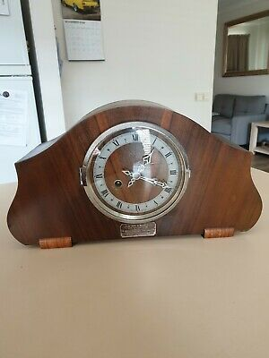 Beautful Striking Mantle Clock Made In England With Key