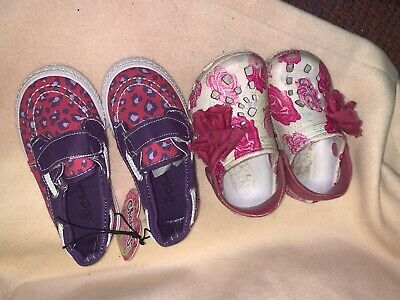 2 Pairs Of Infant Girls Shoes Chatties 4 5 6 Pink
