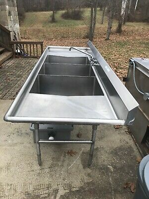 3 bowl stainless steel Commercial Restaurant Sink With Grease Trap.