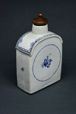 Antique Chinese Porcelain Tea Caddy With Wooden Lid - 5.5 Inches tall -