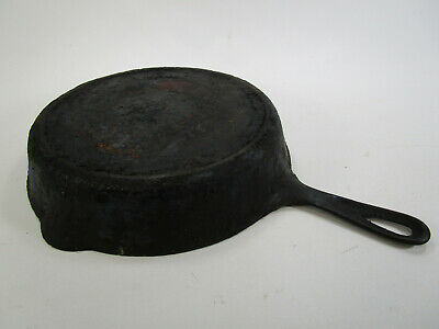 Antique Erie Griswold # 8 Cast Iron Skillet,Large Slant Logo,#704 N,Heat Ring