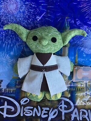 Disney Star Wars Galaxy's Edge Todarian Toymaker Baby Yoda Mandalorian Plush