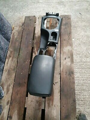 For Nissan Qashqai Centre Console And Arm Rest 2010