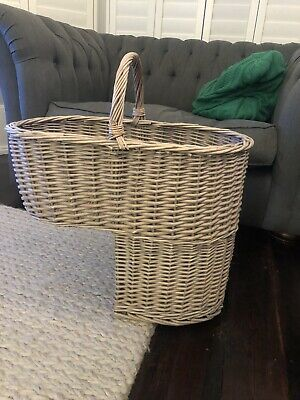 Natural Wicker Stair Basket with Carry Handle Step Tidy / Organiser