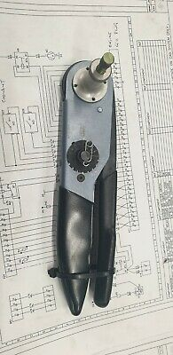 Deutsch hdt Crimping tool