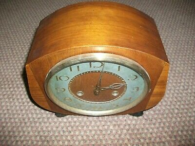 Smiths 8 Day Mantle Clock  1950'S In Very Good  Condition..