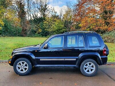 Jeep Cherokee CRD Limited.. Auto & Leather.. 4x4.. Bargain