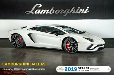 2017 Lamborghini Aventador S  BRANDING+DIONE+CARBON FIBER+NAV+PEARL COLOR+TRANSPARENT ENGINE+PWR/HEATED SEATS