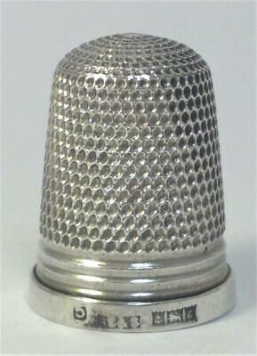 Vintage hallmarked Sterling Silver Thimble (Size 5)  – 1960