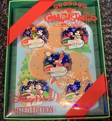 Disney Mickey's Very Merry Christmas Party 2019 Framed Box Set Completer Soldier