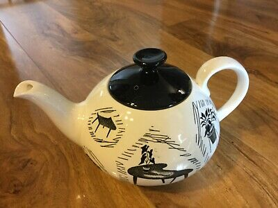 Homemaker Metro Teapot with repaired handle and crazing
