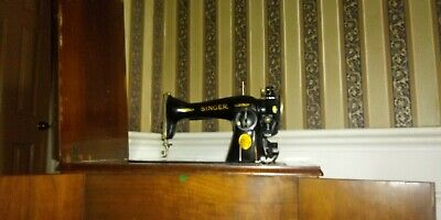 Early 1900s Singer Model 68 Sewing Machine Red Eye Treadle. Works!!