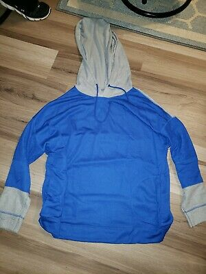 Extra large blue insulated T-shirt hoodie side pockets