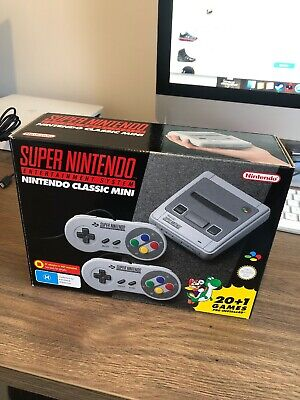 Nintendo Classic Mini: Super Nintendo Entertainment System - Console