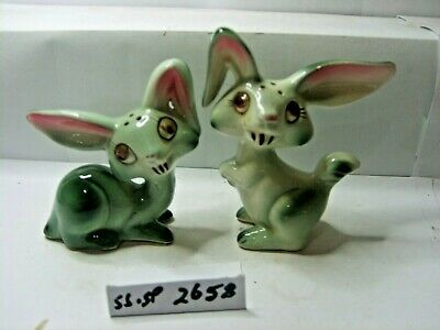 rabbits salt and pepper shakers