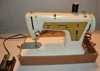 Vintage Singer Sewing Machine 237 Portable With Case