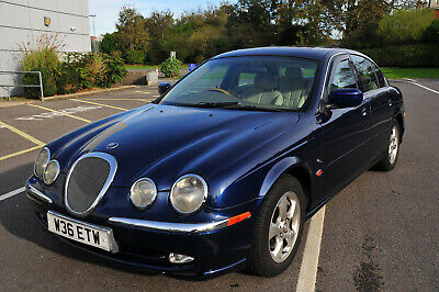 beautiful jaguar s type 3.0 v6 se auto. 2000yr long mot fsh low mileage