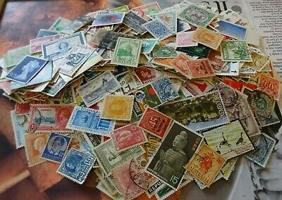 Worldwide Mixture of Over 1000 Off Paper Stamps