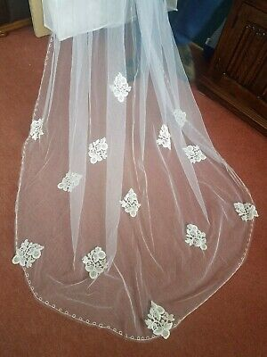 white cathedral wedding veil with ivory lace detail 3 tier 9ft