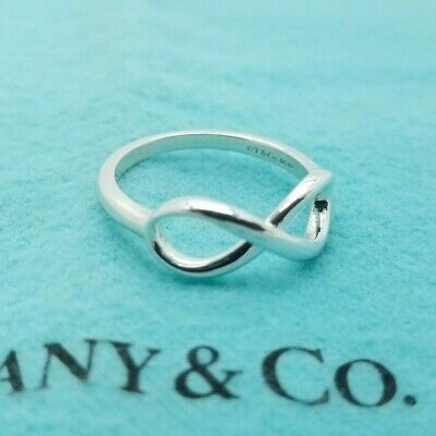 Tiffany & Co. Sterling Silver 925 Infinity Band Ring Size 8 with Pouch