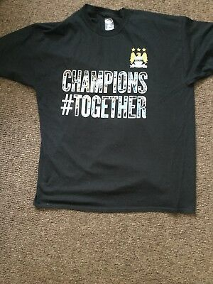 Manchester City Official T-Shirt ' Champions Together 2013/14Champions Size XL