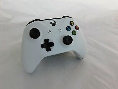 Microsoft Official Xbox One Wireless Controller White *3.5 mm Audio Fault*