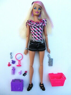 """BARBIE DOLL - """"Fashionistas"""" SASSY SHOPPING SPREE with Accessories - Articulated"""