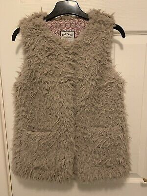 Fluffy Girls Fat Face Gilet Ages 10-11