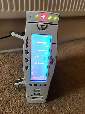 Masimo Radical Signal Extraction Pulse Oximeter with docking station