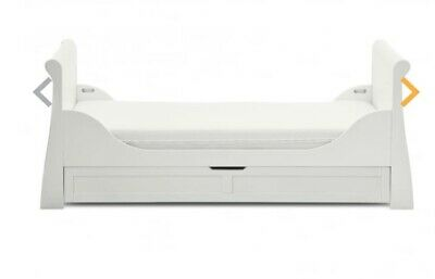 Silver Cross sleigh cot bed with silver cross antibacterial matras.