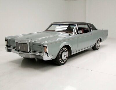 1971 Lincoln Mark III  460CI 4V V8 Straight Original Panels Luxurious Red Leather