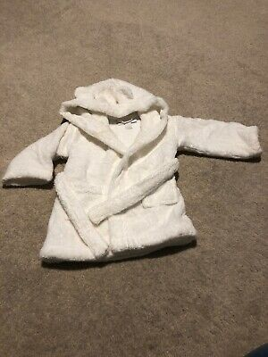 The little white company Hooded Robe Size 0-6 Months