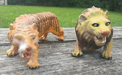 "Vintage Lion and Tiger Plastic Figures 8"" long 3"" Tall"