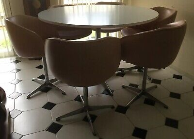 Fantastic Vintage 1970s Kendal Round Table & 6 Swivel Bucket Chairs