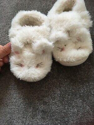 Next Girls Fluffy Rabbit Bunny Slippers Infant Size 9 White
