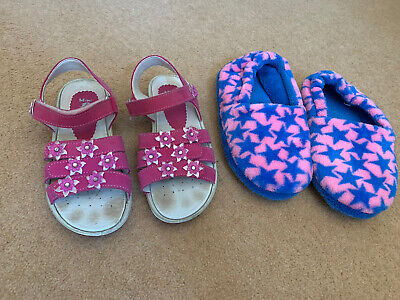 Girls M&S Slippers Size 2
