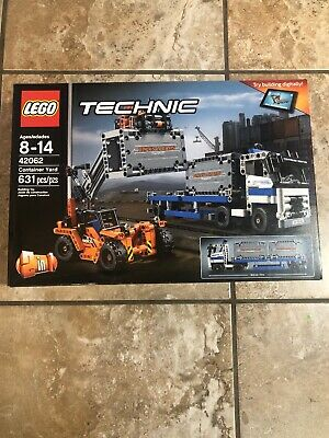 LEGO Technic Container Yard 42062 (631 PCS) NEW IN SEALED BOX - RETIRED