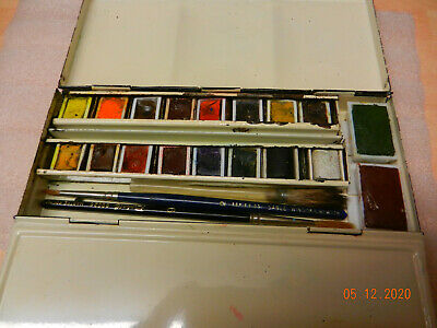 winsor and newton watercolour field paint tin