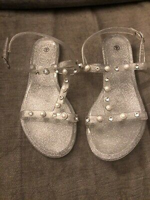 Lovely Girls Clear Sparkly Jelly Shoes With Jewel Details Size 3 S