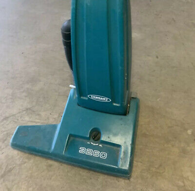 609574 TENNANT 3260 UPRIGHT WIDE AREA COMMERCIAL VACUUM 26 Inch, 230V