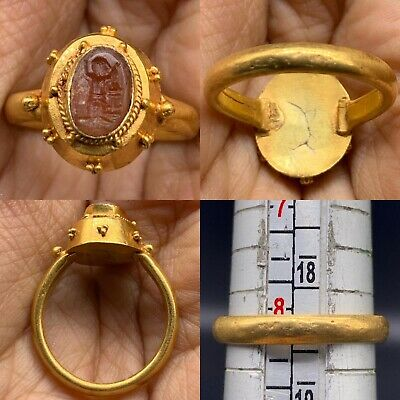 Lovely Ancient Roman Era Near Eastern High Carat Gold Ring With Intaglio Seal