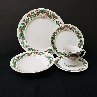 1990 Sango Noel 5 Piece Place Settings Christmas Dinner Dishes Holly And Bells